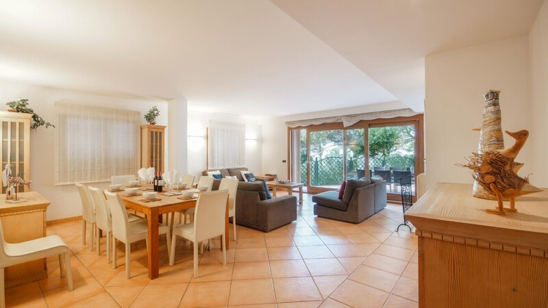 Villa in Costa de la Calma - Dining and living