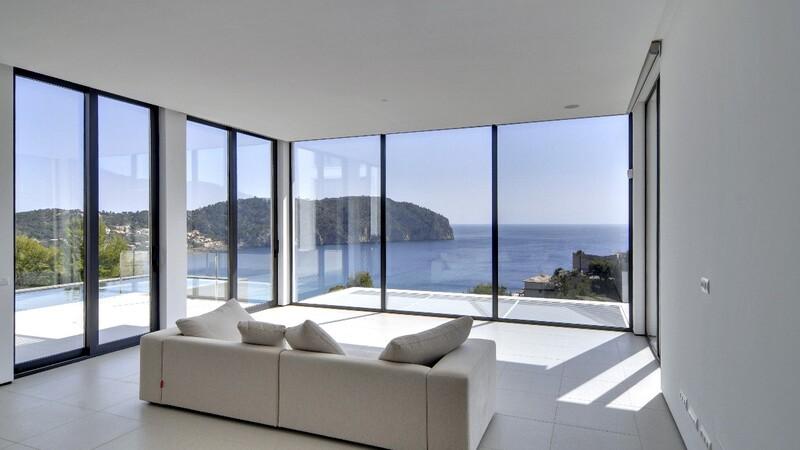 Detached Villa in Camp de Mar - Second Living Room