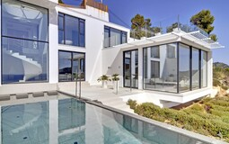 Detached Villa in Camp de Mar - Modern Villa in Camp de Mar