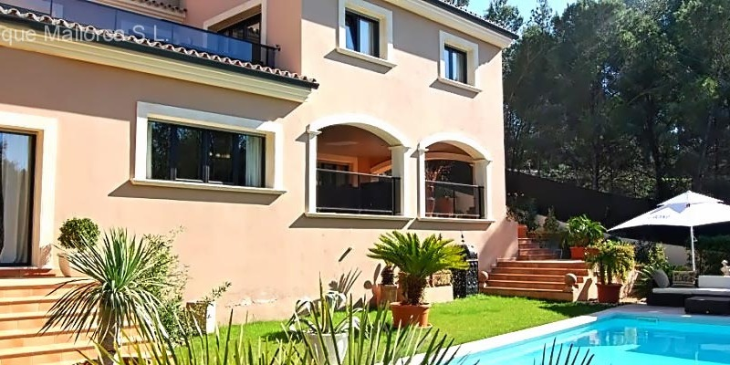 Detached House in Cala Vinyes - Smart Villa
