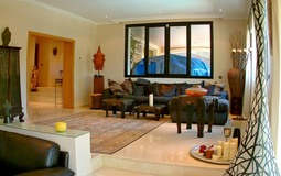 Detached House in Cala Vinyes - Double size living room