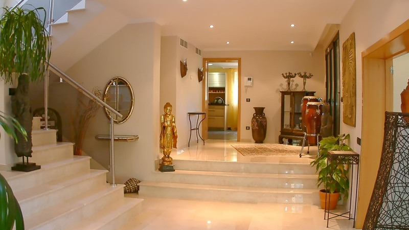 Detached House in Cala Vinyes - Large Hallway
