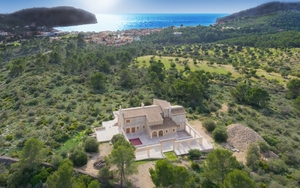 Mansion in Camp de Mar - 001