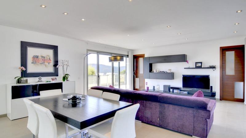 Detached Villa in Cala Vinyes - Living and dining