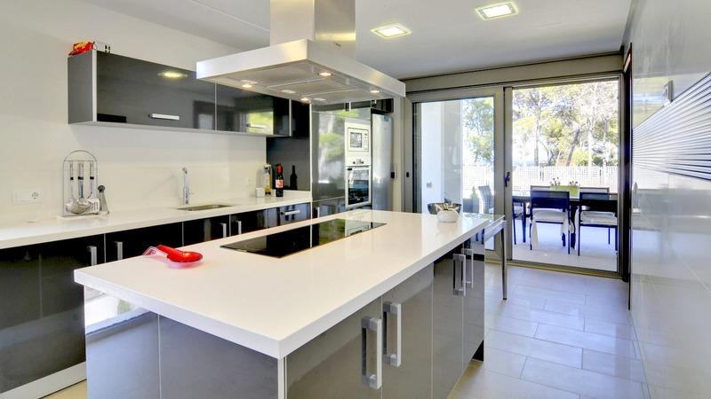 Detached Villa in Cala Vinyes - Kitchen