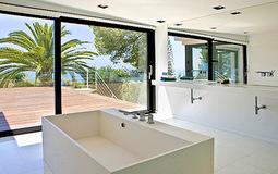 Villa in Costa D´en Blanes - 1027968 Bad