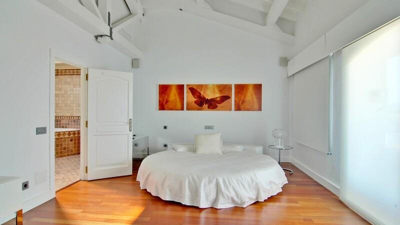 Duplex Penthouse in Palma de Mallorca - One of 7 bedrooms