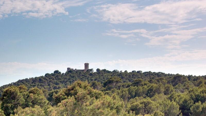 Duplex Penthouse in Palma de Mallorca - Views of Bellver Castle