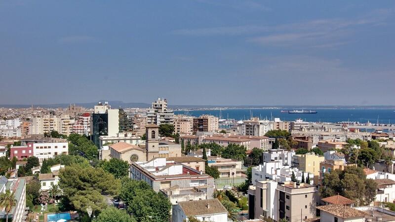 Duplex Penthouse in Palma de Mallorca - Sea and City Views