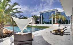 Villa in Nova Santa Ponsa - Large sunny terrace and pool