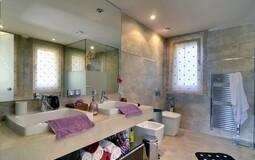 Detached Villa in Costa de la Calma - Master Bathroom