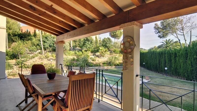 Detached Villa in Costa de la Calma - Covered Dining Terrace