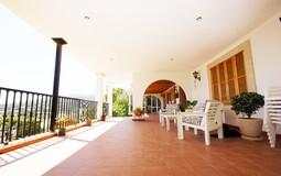 Detached Villa in Portals Nous - Large terrace