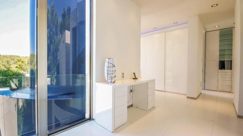 Villa in Sol de Mallorca - Master suite upstairs 2