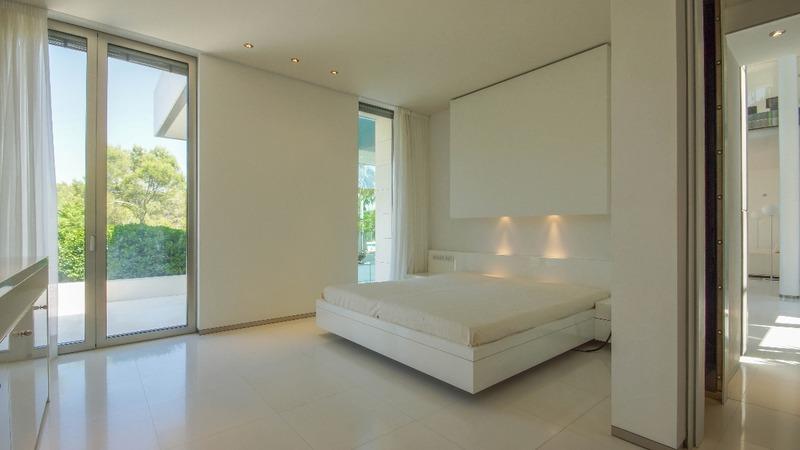 Villa in Sol de Mallorca - Master suite1