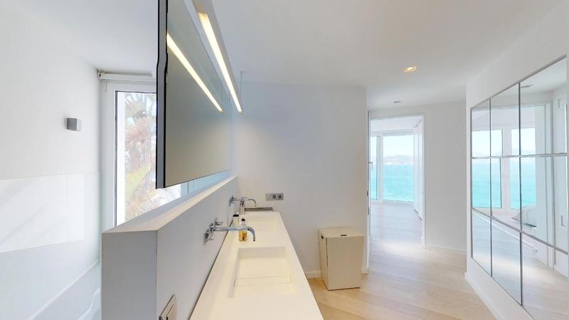 Villa in Nova Santa Ponsa - Bathroom