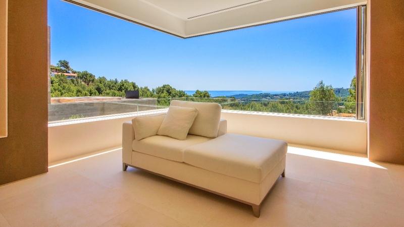 Villa in Son Vida - Living room view