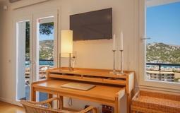 Detached Villa in Puerto Andratx - Bedroom desk