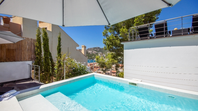 Detached Villa in Puerto Andratx - Pool and views