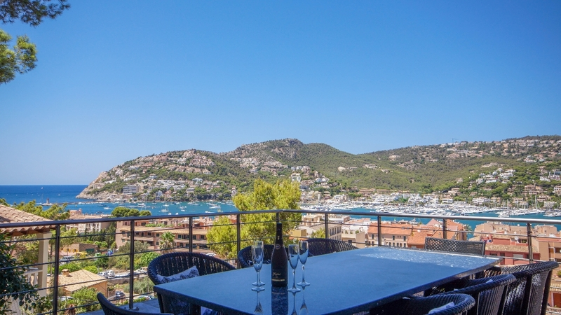 Detached Villa in Puerto Andratx - Terrace dining (2)