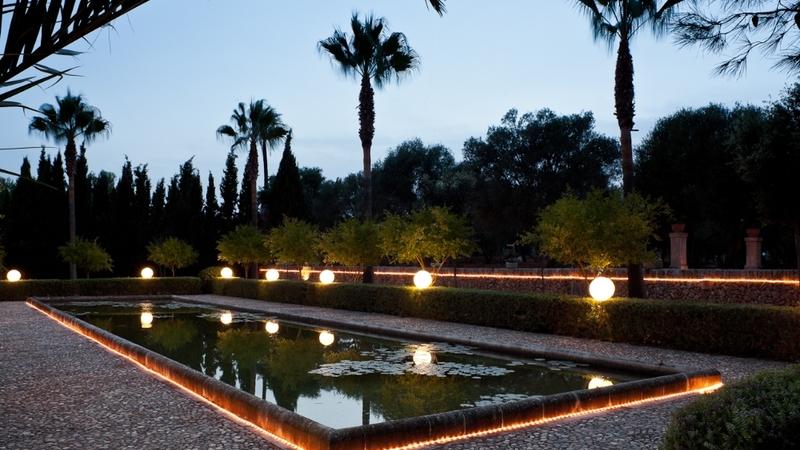Finca in Mallorca - Night pool view