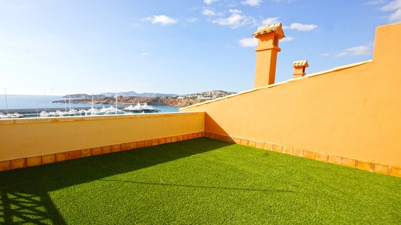 Townhouse in Port Adriano - Roof Terrace