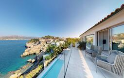 Villa in Nova Santa Ponsa - Master Bedroom balcony & view