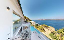 Villa in Nova Santa Ponsa - Guest Bedroom Balcony View