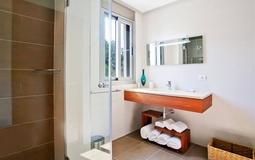 Villa in Cala Vinyes - En suite bathroom