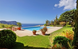 Villa in Cala Llamp - Garden and swimming pool