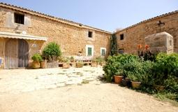 Finca in Palma de Mallorca - External