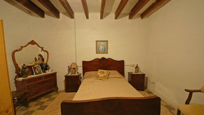 Finca in Palma de Mallorca - Bedroom