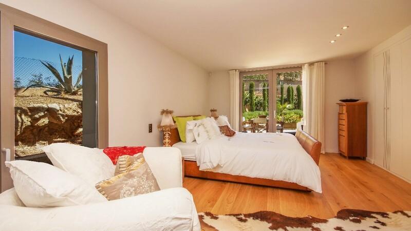 Villa in Son Vida - Bedroom downstairs
