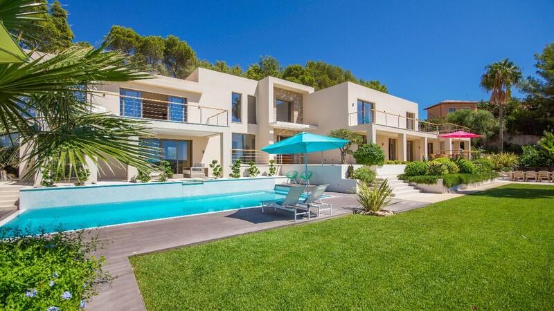 Villa in Son Vida - Building view from Garden
