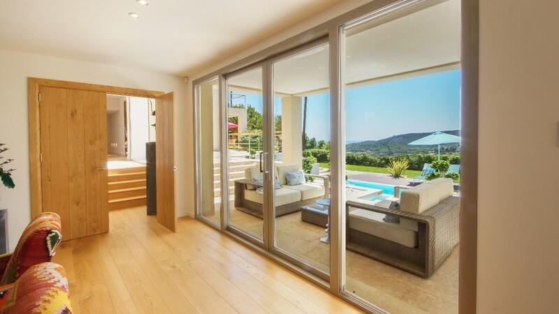 Villa in Son Vida - Covered terrace view