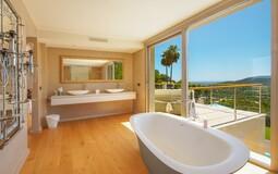 Villa in Son Vida - Master suite bathroom