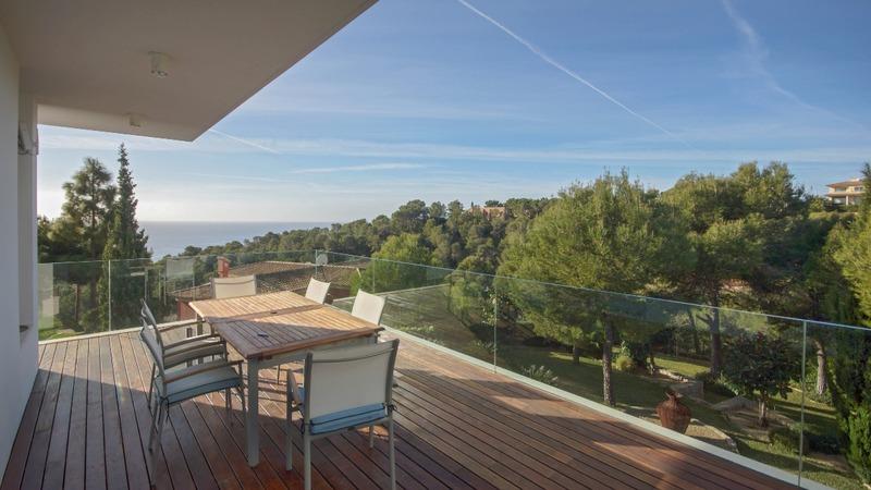 Villa in Costa D´en Blanes - Terrace dining1