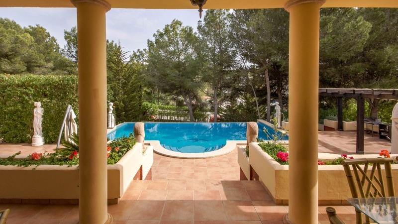 Villa in Costa de la Calma - Pool view fromm lower terrace