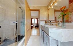 Villa in Cala Vinyes - Master Shower room