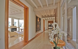 Villa in Son Vida - Corridor and view