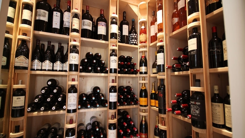 Villa in Son Vida - Wine cellar