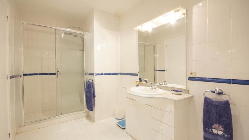 Villa in Costa de la Calma - GUEST MASTER BATH