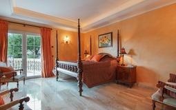 Villa in Costa D´en Blanes - Bedroom (2)