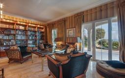Villa in Costa D´en Blanes - Library