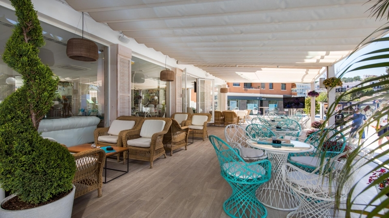 Hotel in Santa Ponsa - Outdoor terrace