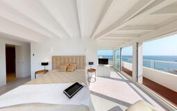 Penthouse in Illetes - Master Bedroom with wrap around terrace