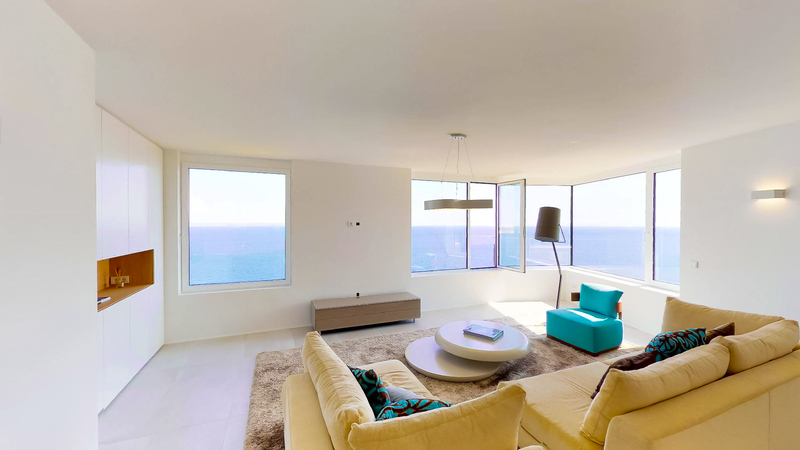 Penthouse in Illetes - Living room with sea view