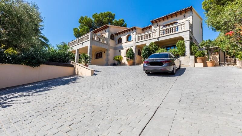 Villa in Costa D´en Blanes - Building view