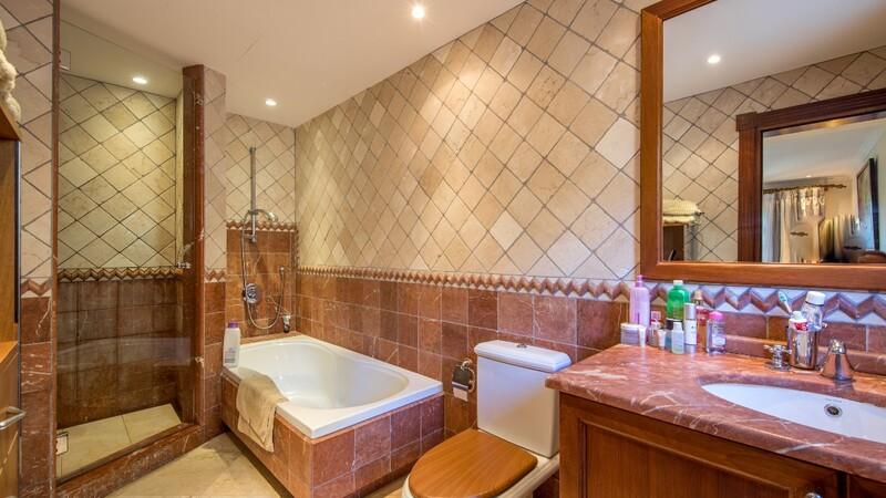 Villa in Costa D´en Blanes - Guest bathroom