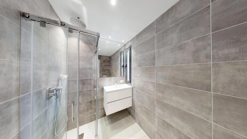 Villa in Cala Vinyes - Guest Bathroom 3